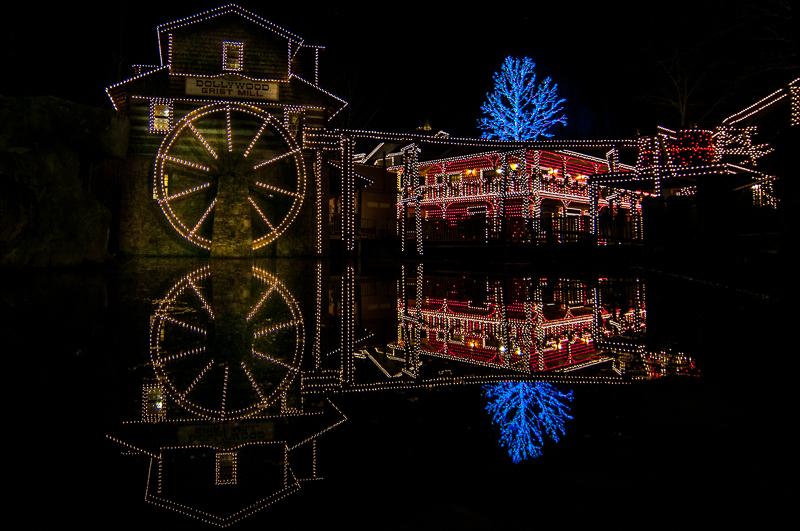 Christmas at Dollywood | Christmas | Pinterest