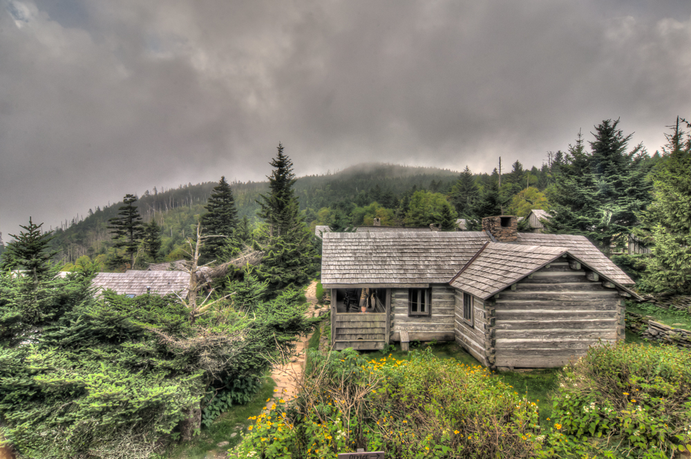 wpid7237-LeConte-Lodge-Old-Cabin-1.jpg